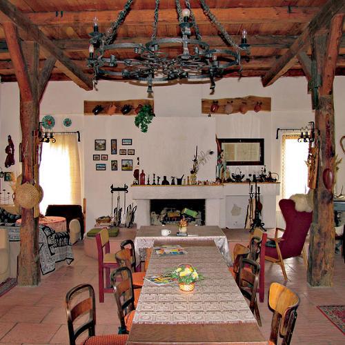 Interijeri , brvnare , kuće..... - Page 4 Interier-chata-chalupa-rsz0703_176