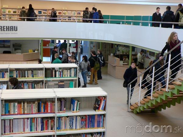 Knižnica a informačné centrum