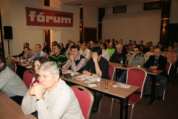 Dokladom úrovne podujatia bola aj vysoká účasť vo všetkých troch mestách (na obr. Bratislava).
