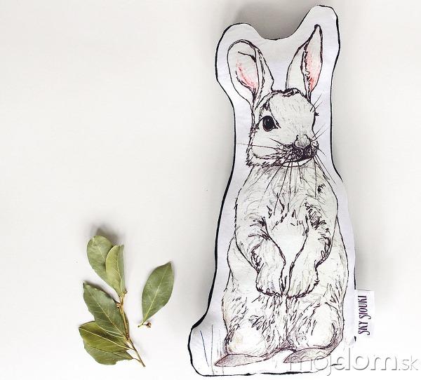 Vankúš zajačik, tvar kopírujúci