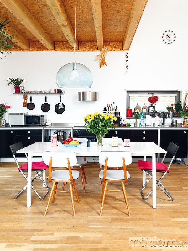 Jednoduchá kuchyňa je zIKEY.