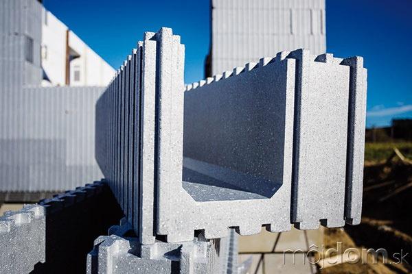 Tvarovka zo sivého polystyrénu