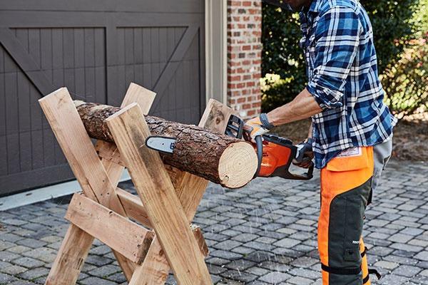 Príprava palivového dreva s
