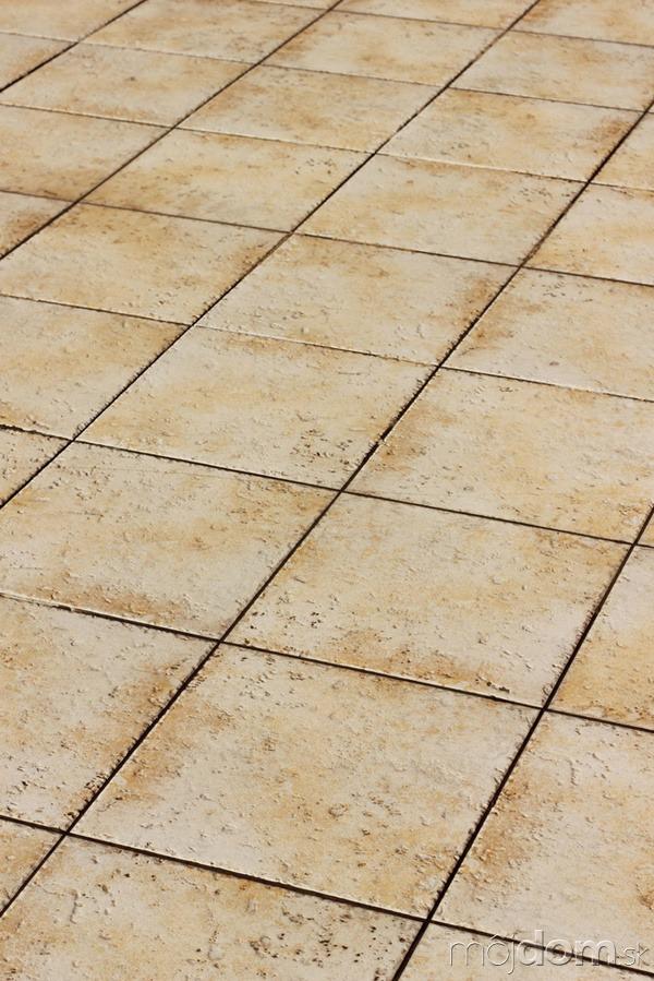 Akú podlahu vybrať do