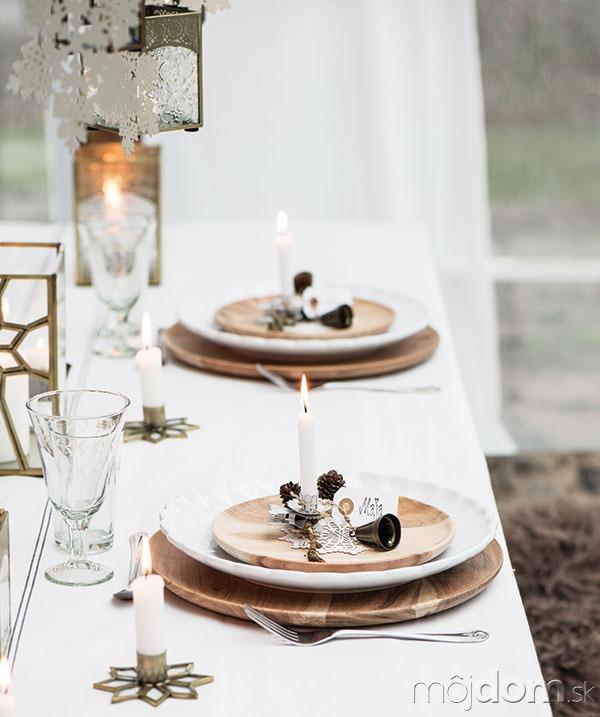 Sviečka pre každého stolovníka
