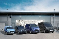Štyri modely - celá rodina Ford Transit.