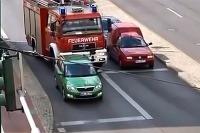 Vodič Škody Fabia Combi kontra hasiči