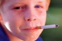 Pasívne fajčenie najhoršie znášajú deti