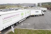 Extra dlhé kamióny majú