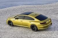 VIDEO: Volkswagen práve odhalil model Arteon – Nástupca Passatu CC mieri vysoko