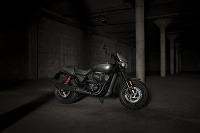 VIDEO: Svetová premiéra Harley-Davidson na výstave Motocykel