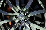 Nissan GT-R a Juke