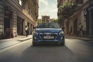 Nový Hyundai i30 začali