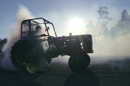 Traktor Terror - drift