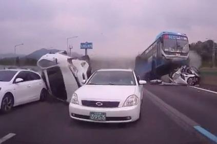 Nehoda v Korei