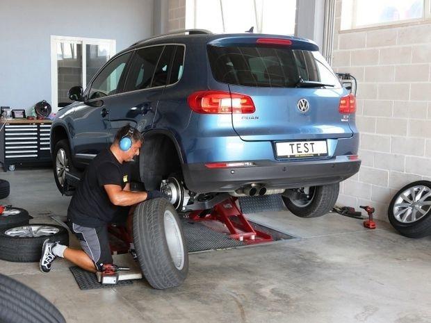 TEST Letné pneumatiky 215-65