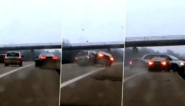 Poliak zostrelil auto v