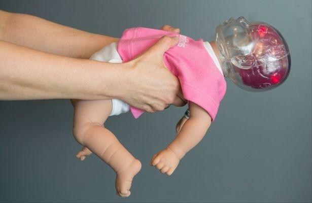 Potrasenie bábätka, aj na