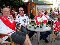 Rakúski fanúšikovia pri pive