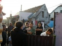 Poslanci navštívili malackých Rómov