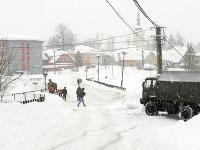 Kysuce zápasia s množstvom snehu