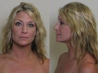 Mladá blondínka nudistické