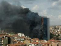 Požiar zachvátil 42-poschodový mrakodrap v Istanbule
