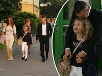 Minister Počiatek takto odprevádzal svoju dcéru v prvý školský deň.