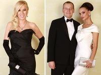 Gabriela Drobová (vľavo) a Andrea Heringhová (vpravo) sa na Plese v opere predvedú v luxusných róbach. Ako vidno na fotkách, inak tomu nebolo ani minulý rok.