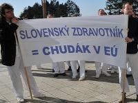 Niektorí slovenskí zdravotníci majú kráľovské platy