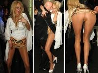 Michaela Gašparovičová sa v spoločnosti odviazala až príliš. Nečudo, že so sukňou vyhrnutou na páse jej bolo vidno holý zadok.