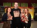 Richard Müller s herečkami.