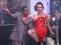 Neskôr sa Sklovská rozšantila po boku kubánskeho speváka Lazara.