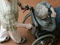 Podvodník okráda žilinské dôchodkyne, vydáva sa za vnuka!