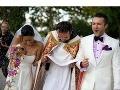 Na novomanželov hádzali hostia ryžu, čo je kubánsky zvyk.