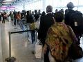 Cestujúci by mali mať právo odmietnuť kontrolu skenerom na letisku