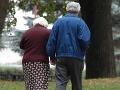 Na dôchodok si dobrovoľne sporíme menej ako vlani