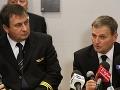 V Poľsku vyznamenali pilotov Boeingu, ktorý pristál bez podvozku