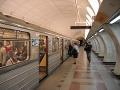 V pražskom metre sa ukájal exhibicionista (30), vyvrcholil na cestujúcej (29)!