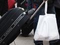 Panika aj v Rakúsku: Vo vlaku sa zavrel Iračan s podozrivým kufrom, vyhrážal sa samovraždou!