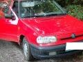 Starček (†73) umrel za volantom: Auto sa pohlo a vyrútilo na cestu