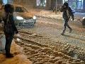 Na východe Slovenska pokryl sneh viaceré cesty