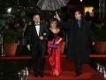 Spisovateľka Evita Urbaníková mala na plese premiéru. Spoločnosť jej robil kamarát Boris.