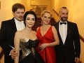 Lucia Hablovičová s Borisom Hanečkom v spoločnosti herečky Moniky Hilmerovej a jej manžela, tanečníka Jara Bekra.