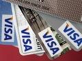 V Paríži zatkli čašníka (19): Pamätal si platobné karty!