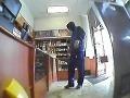 Unikátne VIDEO: Pozrite sa, ako ozbrojenec v Seredi lúpil za bieleho dňa!