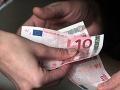 Podnikateľ sa priznal k podplácaniu na ministerstve: Zákazky dostáva ďalej!