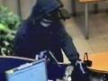 Ozbrojený muž prepadol bratislavskú videopožičovňu