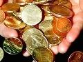 Zlatý vek zvyšovania poplatkov sa pre banky skončil