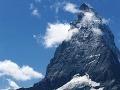 Na alpskej hore Matterhorn prišli o život dvaja horolezci: Zasiahla ich padajúca skala